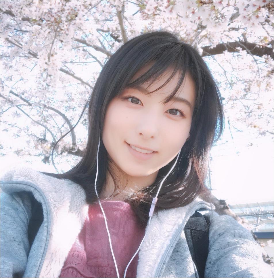 川村海乃の出身高校や大学・経歴など調査!デビューのきっかけなど