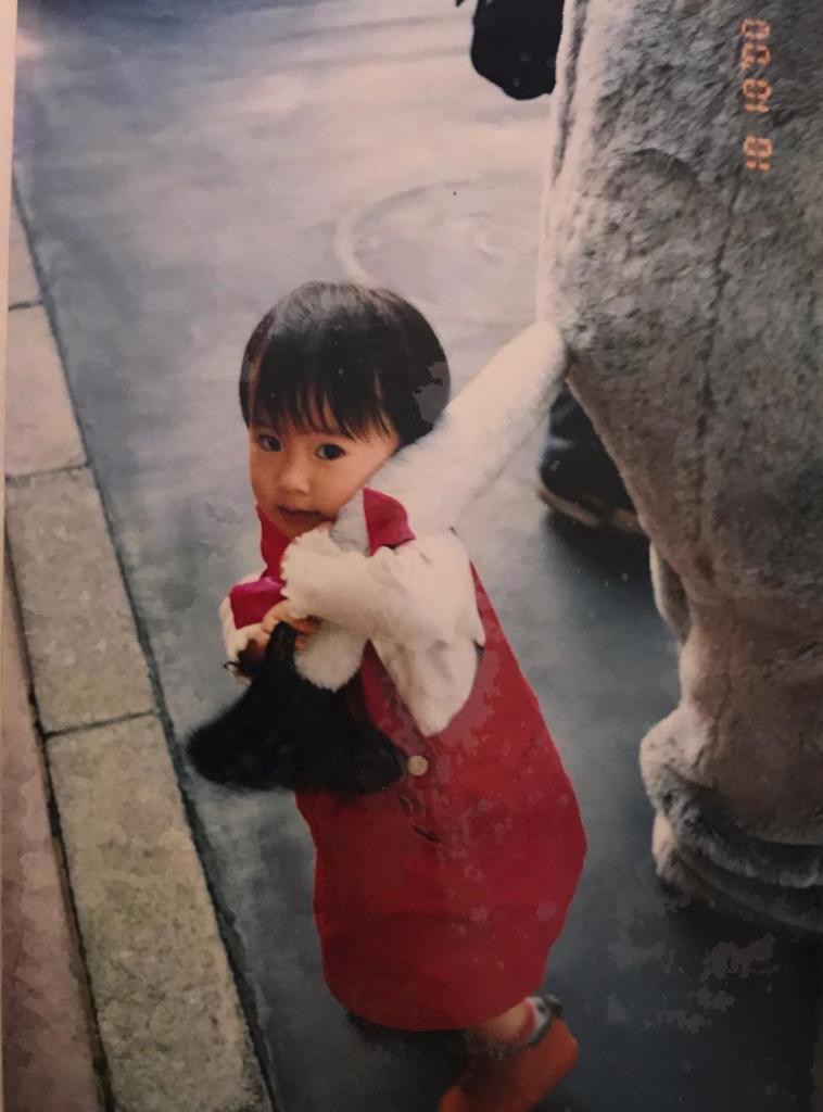 恒松祐里の幼少期の画像