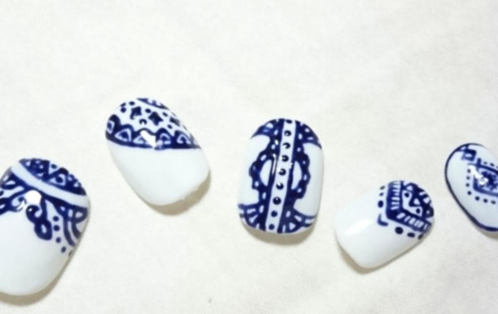 陶器ネイルをセルフで簡単に!やり方・動画や綺麗に仕上げるコツまとめ