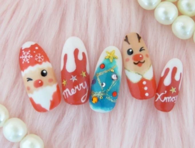 サンタネイルをセルフで簡単に!やり方・動画や綺麗に仕上げるコツまとめ【クリスマス】